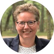 Marlene Kromhout uitvaartverzorger bij meride uitvaartverzorging 182