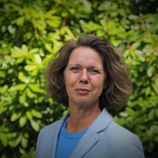 Uitvaartverzorger Menterwolde - Majette de Lange