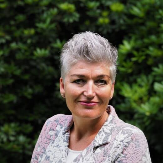Uitvaartverzorger Westvoorne - Natascha van Zeijl