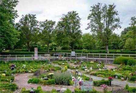Begraafplaats Eikelenburg Rijswijk