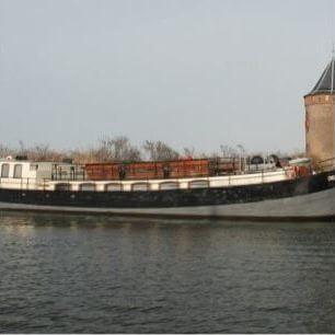 Uitvaart vervoer per boot