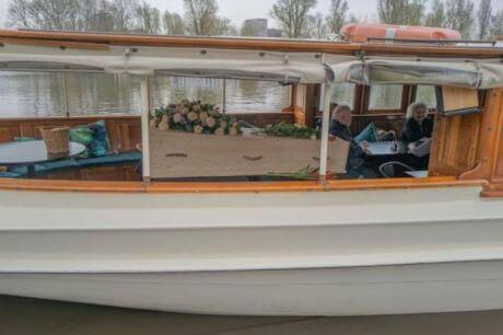 Uitvaart boot Rederij Belle